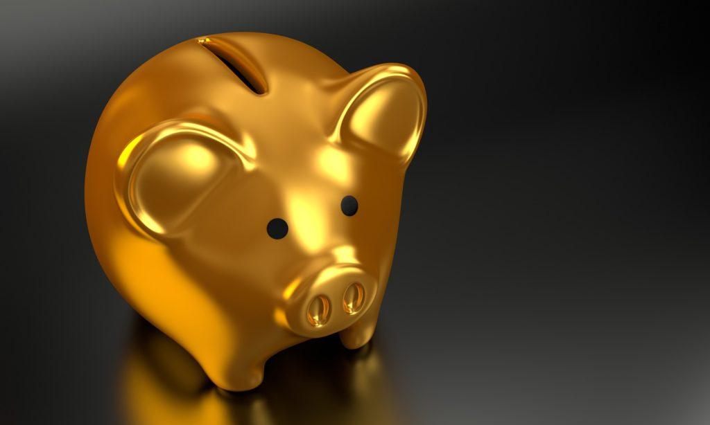 金色の豚の貯金箱